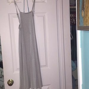 BLACK AND WHITE STRIPED DRESS HALTER STYLE